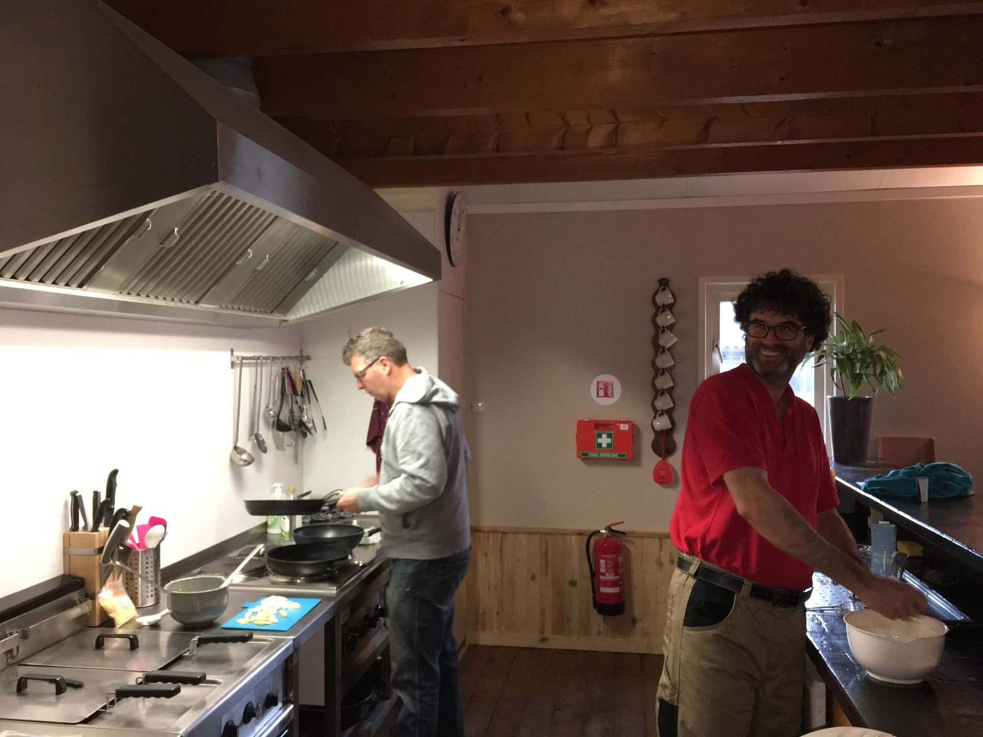 In de keuken op zorgboerderij Boerewille Friesland